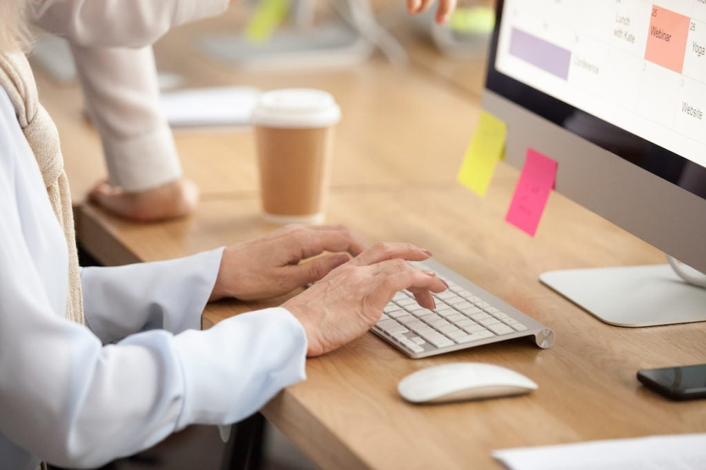5 Ways to Help Older Workers Adapt to the Digital Workplace | Claromentis
